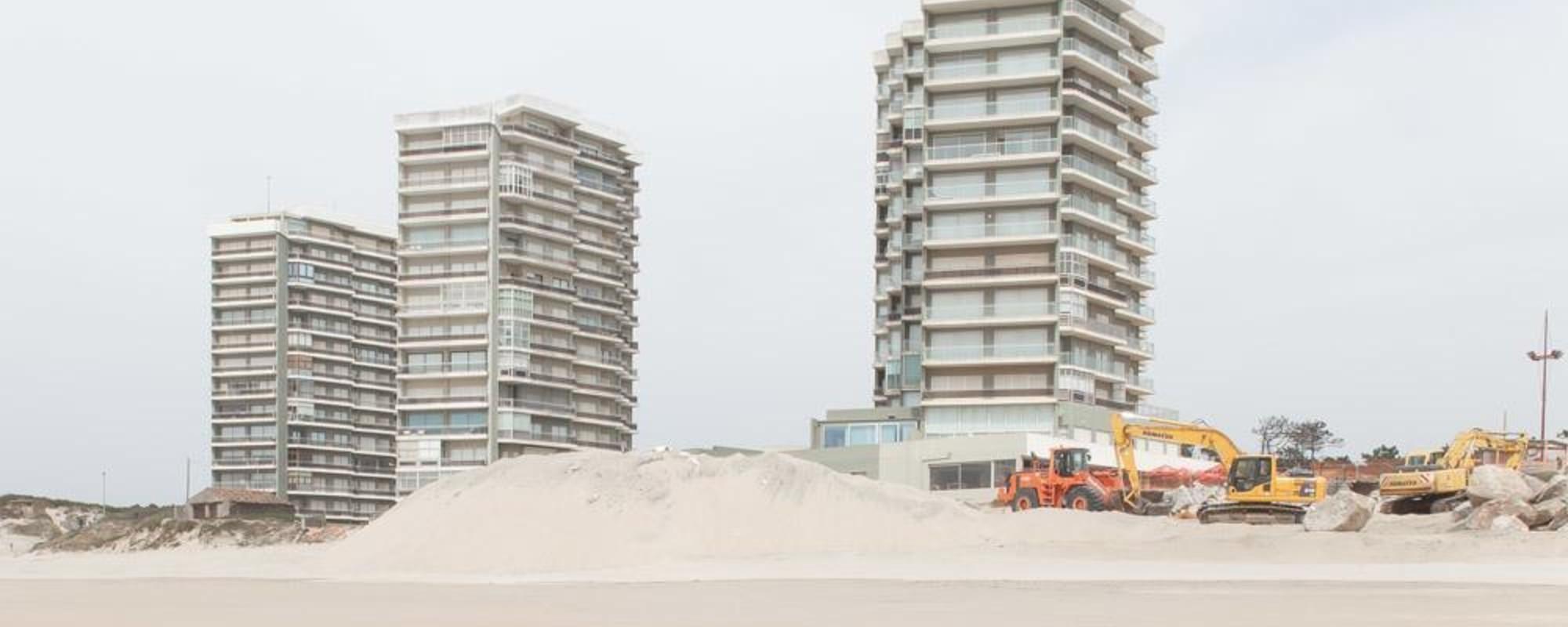 Partea urâtă a plajelor de vis din Portugalia