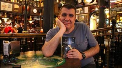 Conspiraciones made in Spain: Santiago Camacho de 'Cuarto Milenio'
