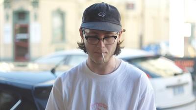 We vroegen rokers in Australië of torenhoge sigarettenprijzen eigenlijk een reet helpen