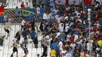 How Police Aggravated the Fan Violence at Euro 2016