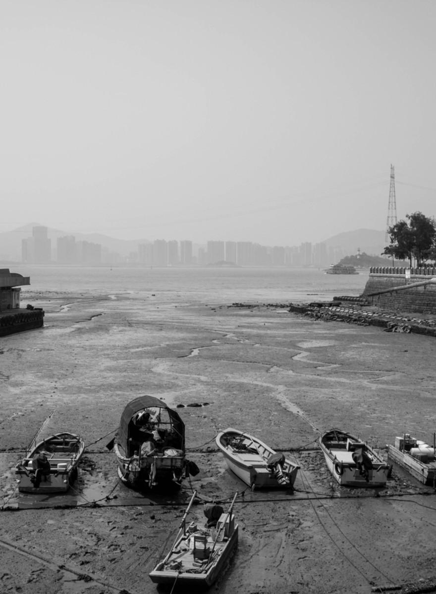 Drumul unui fotograf român prin China îți arată că cele două țări nu-s așa diferite