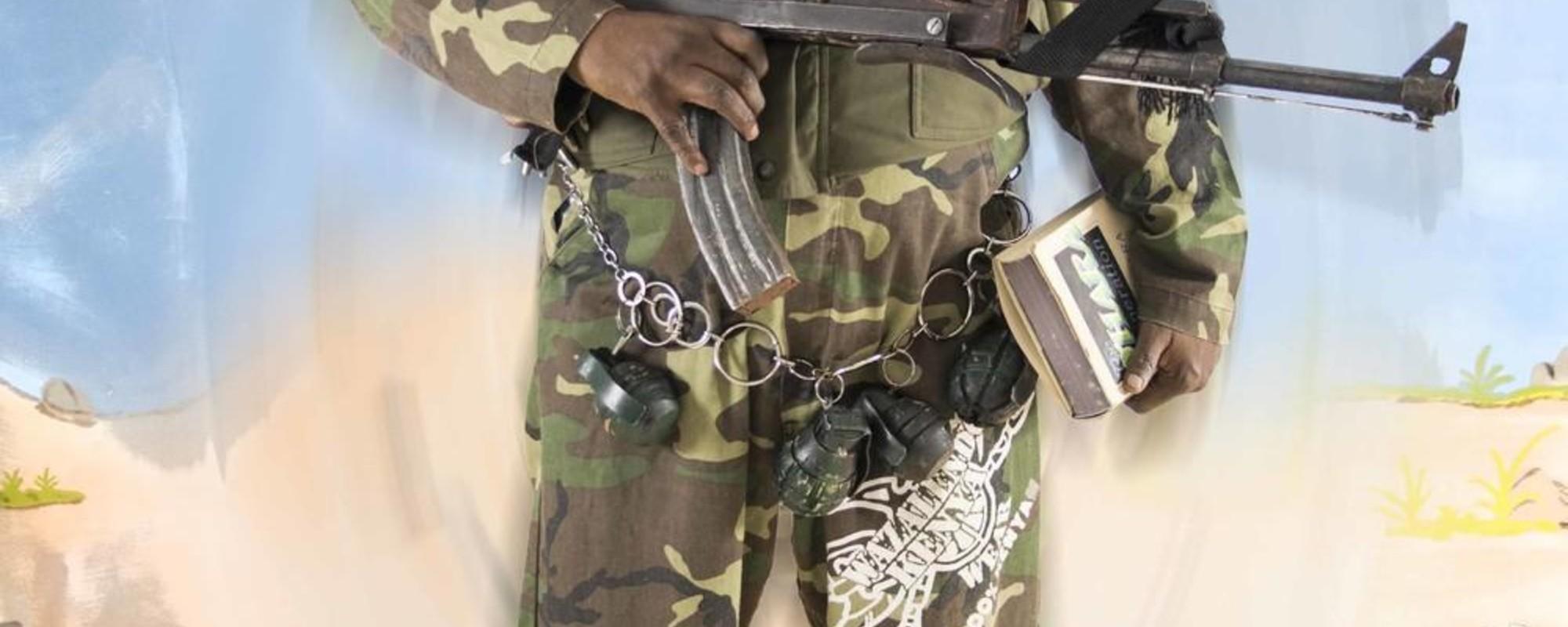 Πορτρέτα Αντρών που Ξεγέλασαν τα Μέσα Ενημέρωσης ότι Ήταν Σομαλοί Πειρατές