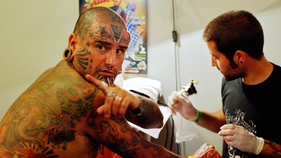 Prisoners Talk About DIY Body Modification Behind Bars