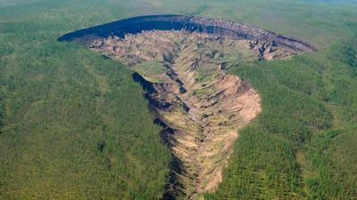 Μόλις Άνοιξε μια Πύλη προς τον Κάτω Κόσμο στη Σιβηρία