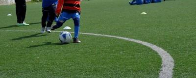 De ce nu mai scoatem fotbaliști buni în România și cât te-ar costa să schimbi ceva