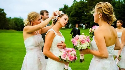 De VICE-gids voor je eerste bruiloft als volwassene