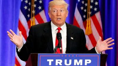 Even Clinton Conspiracies Can't Stop Donald Trump's Campaign Death Spiral