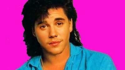 Un tipo convirtió los hits de Justin Bieber en canciones ochenteras
