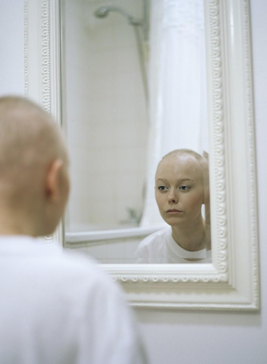 Как меняется жизнь, когда ваша 20-летняя девушка заболевает раком: фотографии
