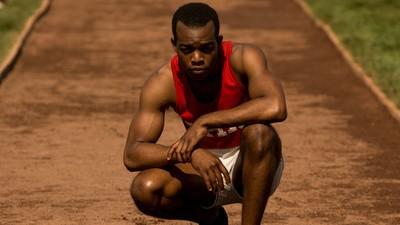 'Raça', novo filme sobre Jesse Owens, mostra por que você ainda deve se preocupar com racismo no esporte