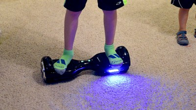 Strict New Laws Could See Hoverboards Banned in Victoria