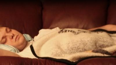 Warum es unmöglich ist, die erste Nacht in einem fremden Bett gut zu schlafen