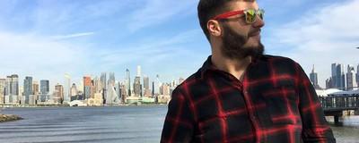 Am vorbit cu actorul român gay care s-a căsătorit cu iubitul în America
