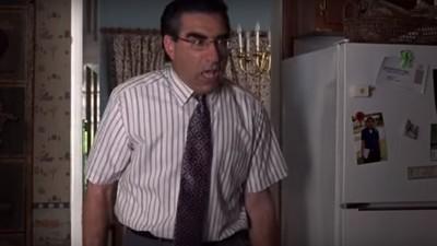 Cum te simți când intră cineva peste tine în timp ce faci sex