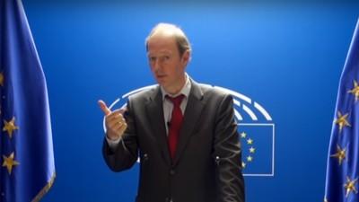 Nach dem Brexit: Sonneborn fordert Deutsch als Amtssprache des EU-Parlaments