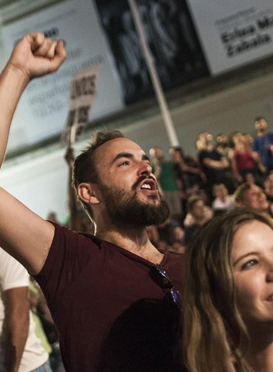Spaniolii se bucură de rezultatele alegerilor care nu schimbă absolut nimic