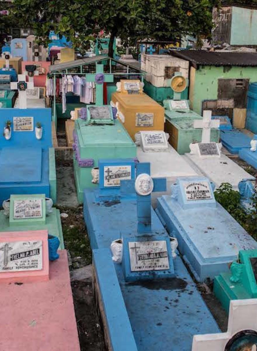 Ein Leben zwischen Toten – Unterwegs im philippinischen Friedhof-Slum