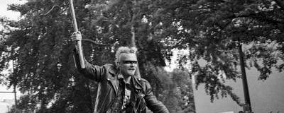 Fotky brutálních punkovejch cyklobitev v Berlíně