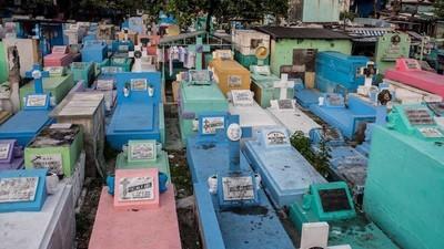 Am locuit o săptămână cu oamenii dintr-un cimitir din Filipine