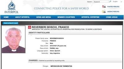Il prete di questo paese in provincia di Parma è ricercato per tortura dall'Interpol