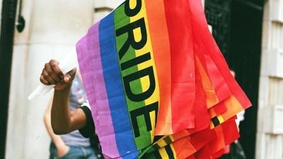 Como o estereótipo do macho está a dividir a comunidade gay