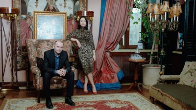 Photos of Russia's Wealthy Elite and Their Hired Help