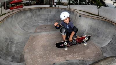 Aos 9 anos, Raphael Ueda quer voar tão alto quanto o pai