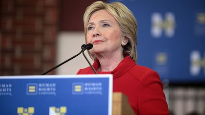 Clinton Promises Free College to Anyone Whose Parents Make Under $85,000