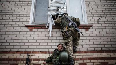 Sur les lignes de front du conflit ukrainien