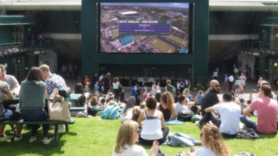 The VICE Guide To Enjoying Henman Hill Responsibly