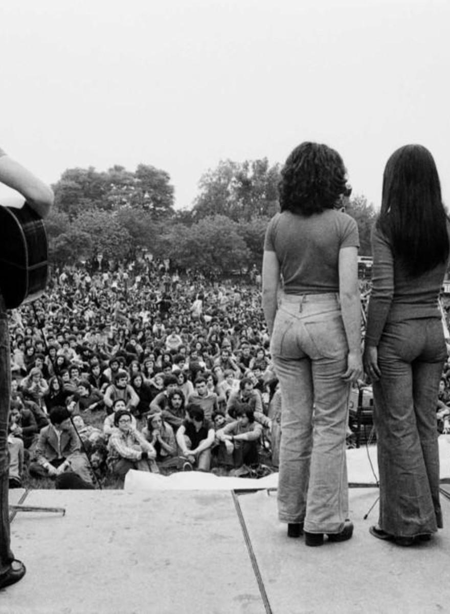 Foto's van hippies, communisten en radicalen in Milaan in de jaren zeventig