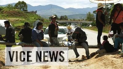Profesorii din Mexic au blocat drumurile ca să nu fie evaluați
