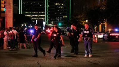 Tödlicher Hinterhalt in Dallas: Was wir bisher über den Sniper-Angriff auf die Polizei wissen