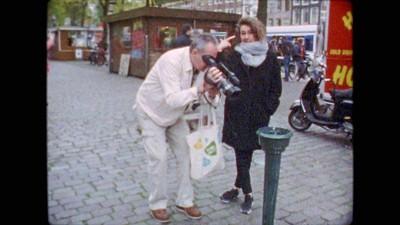 Tessa maakte een verschrikkelijk mooie film over haar vaders afwezigheid in haar opvoeding