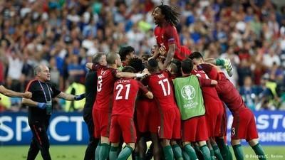 Sin Cristiano en el campo, Portugal es campeón de Europa