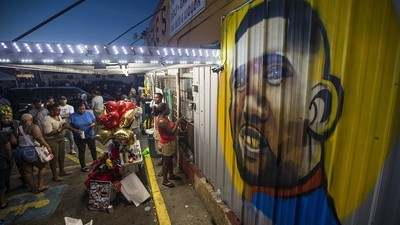 A Key Witness Is Suing the Cops Who Killed Alton Sterling