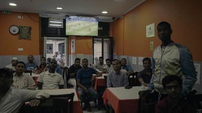 Na Lisboa multicultural a bola apaga barreiras raciais, religiosas e sociais