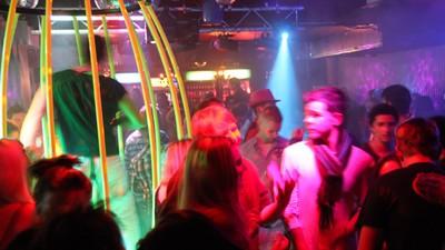 Horrorstorys aus dem Club: Eine Türsteherin erzählt von den schlimmsten Typen