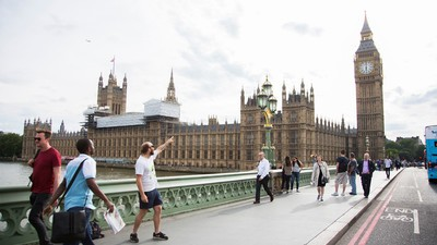 I Did Professional Tourism in London and All I Got Was This Lousy Shame