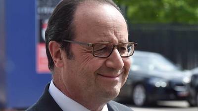 Die Halbglatze des französischen Präsidenten kostet 9.895 Euro im Monat
