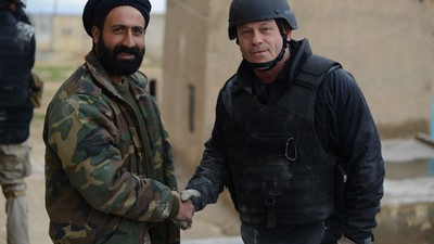 Talking Snipers, War and Isis with Actual Ross Kemp