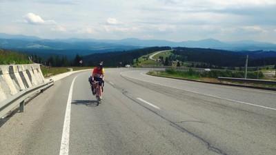 Am vorbit cu un biciclist care a pedalat 570 de kilometri ca să ajungă la Electric Castle