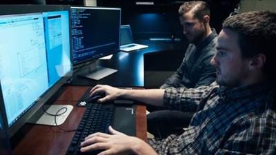 Der berüchtigte Hacker Geohot zeigt, wie einfach sich ein Computer knacken lässt