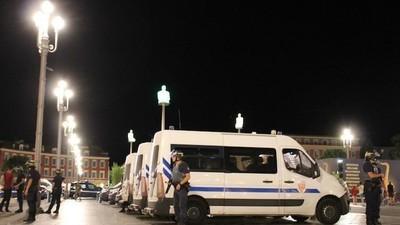 Efter angrebet blev der dødstille i Nice