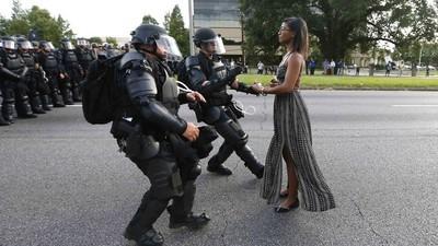 Het verhaal achter de iconische Black Lives Matter-foto die de hele wereld over ging