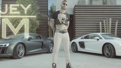 Real Madrid-spits Jesé heeft geprobeerd alle rapclichés in zijn videoclip te stoppen