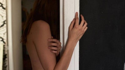 What It's Like to Find Out Your Partner's Cheating on You