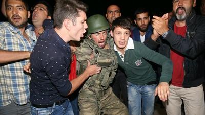11 motive pentru care criza din Turcia te poate afecta și pe tine, în România