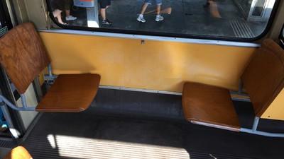 Ich habe viel zu lang über den widerlichen Schrumpelpenis in der Straßenbahn geschwiegen