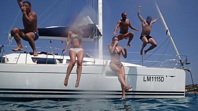 Ξύλο, Μεθύσια και Μπινελίκια: Skippers Θυμούνται τους Χειρότερους Τσακωμούς σε Ιστιοπλοϊκό στα Ελληνικά Νησιά